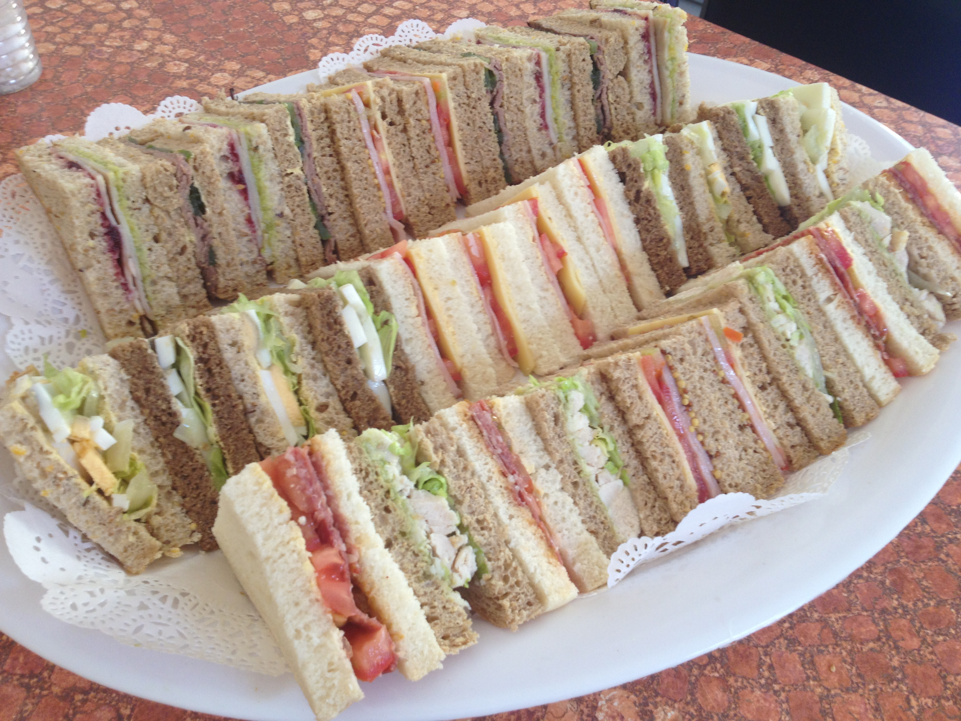 how to make sandwiches for trays